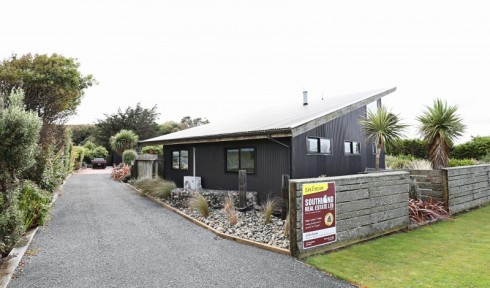 14 Church Street, Riverton